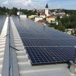 Photovoltaik-Anlage auf den Dächern vom Lebensquell
